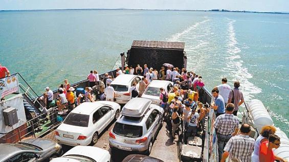 Крымское министерство транспорта наладит доставку продуктов на полуостров